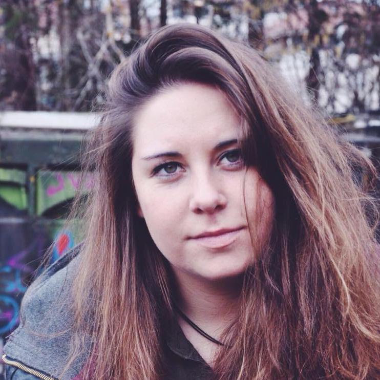 Ophélie, Event Coordinator